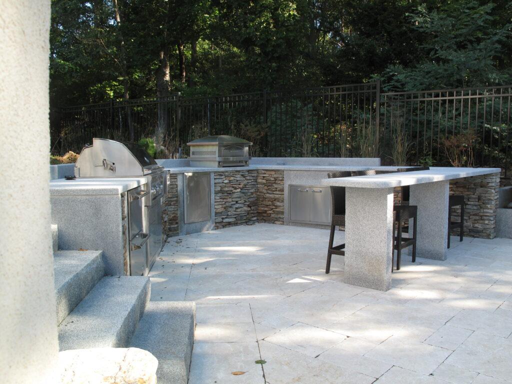 Outdoor Kitchen with Woodbury Gray Granite